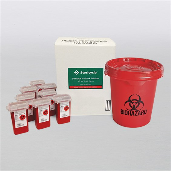 5_Gal_With_8_Sharps_Containers_5GWM1QA_585x585